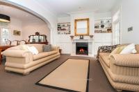 Paddington Lounge